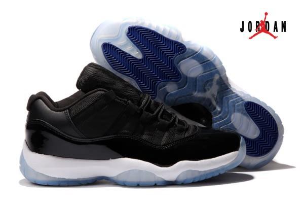 black air jordan retro 11